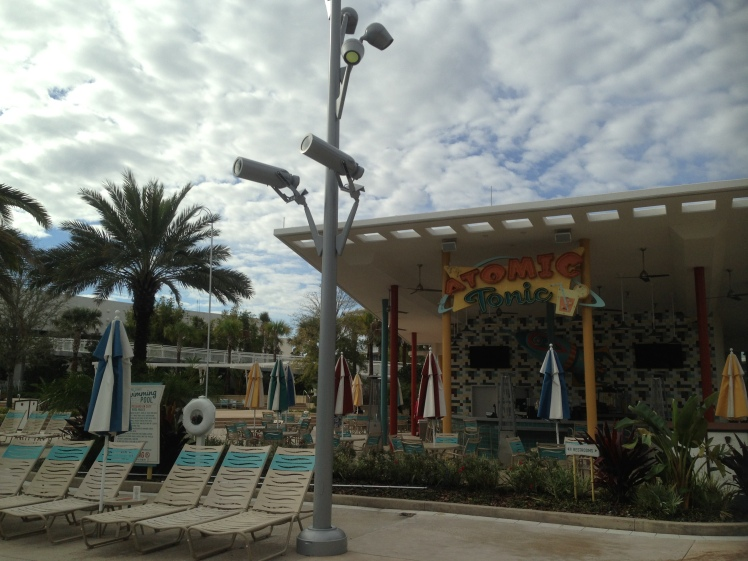 Cabana Bay Beach Resort; Poolside bar