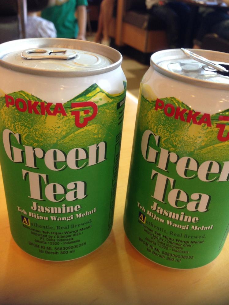 The famous Pokka Green Tea :D