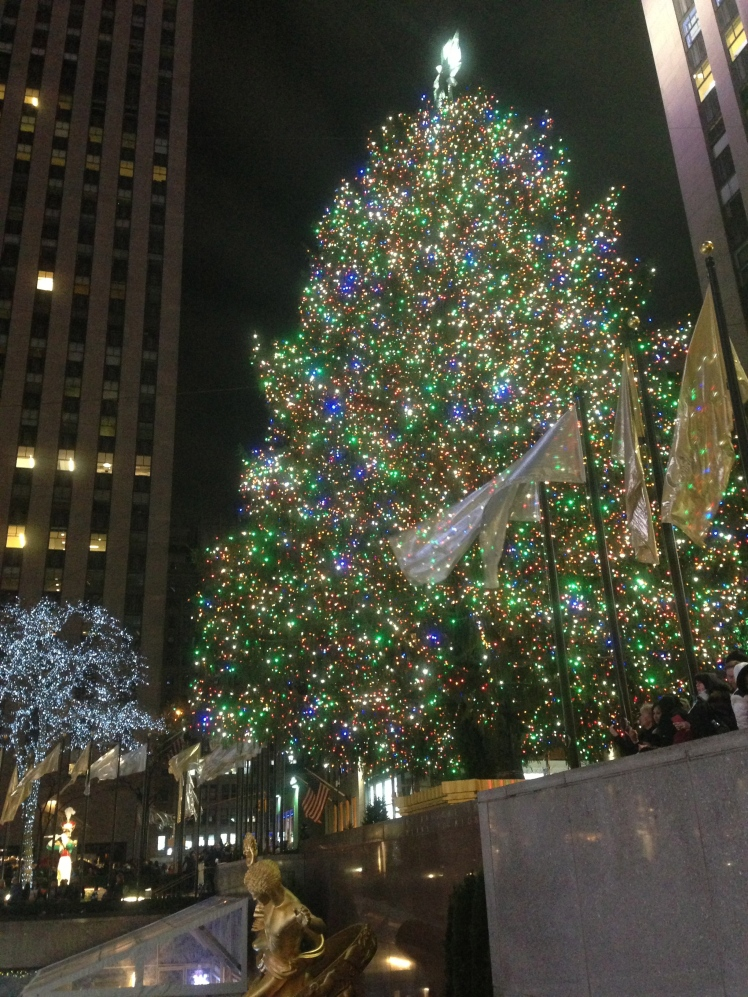 I love Christmas time in New York <3 <3 <3